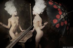 donna-con-ombrello-corpo