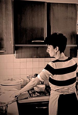 sara-cucina-corpo