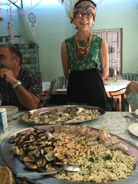 domenica e pesci bolliti il molo