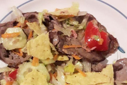 carne-d-eres-con-instalara-mista-e-tortillas-dorata-web